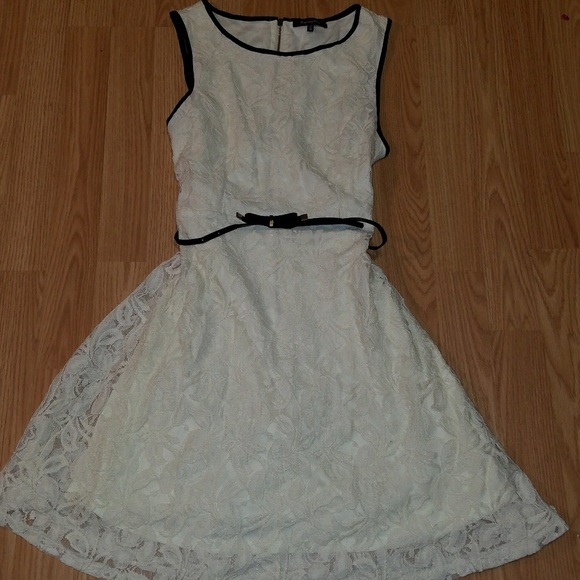 60a07d501e12b Max & Riley Dresses | Max Riley Dress Medium Lace Cream Black | Poshmark